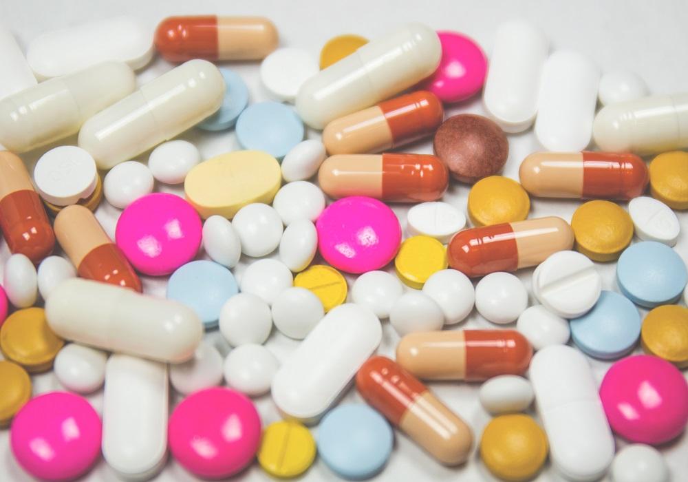 偽造医薬品に関する放映があります。